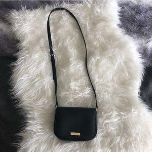 Kate Spade • Crossbody purse